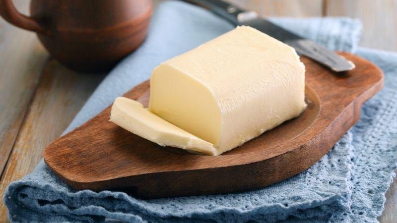masło twarde poza lodówką